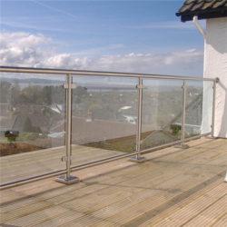 New-Town-Glass-Ltd-Stainless-Glass-Railing-Kelowna