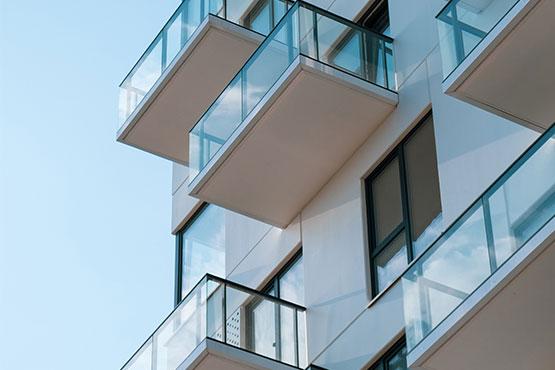 glass railings apartments