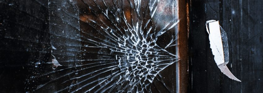 where to find a glass repair company