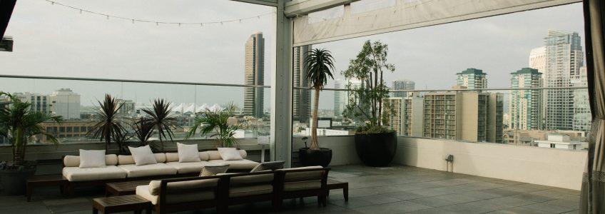 glass patio railings