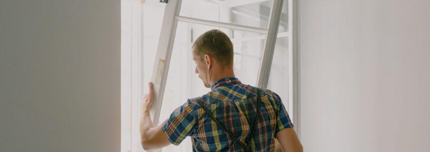 glass repair vs glass replacement