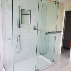 sliding glass shower doors