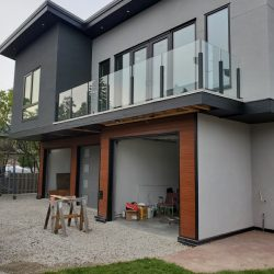 outdoor glass railing at home